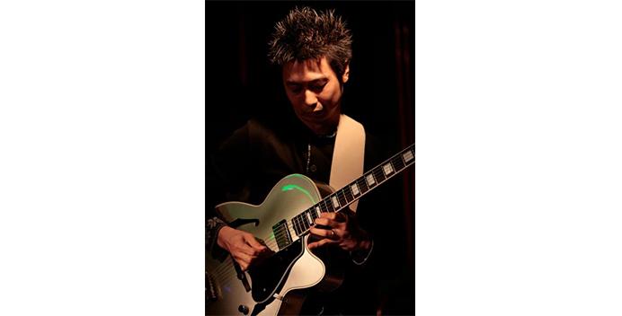 teacher_main_guitar_鈴木直人