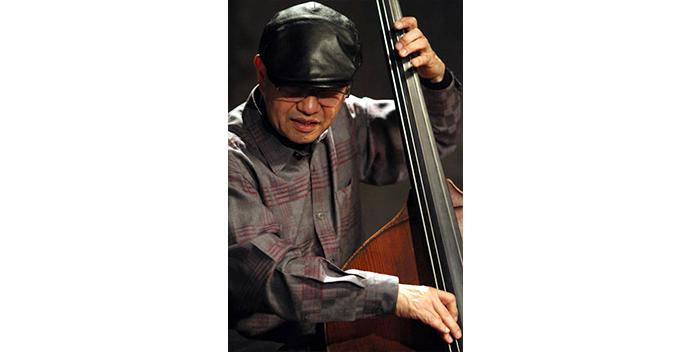 teacher_main_w-bass_桜井郁雄
